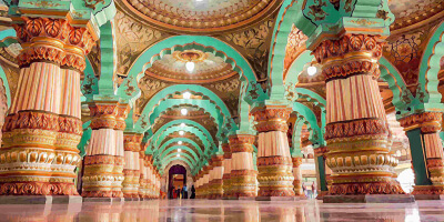 Up.tours - 1 Day Mysore Local Sightseeing Tour by Cab